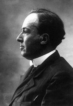 Antonio Machado, fotografiado hacia 1927 por Alfonso.